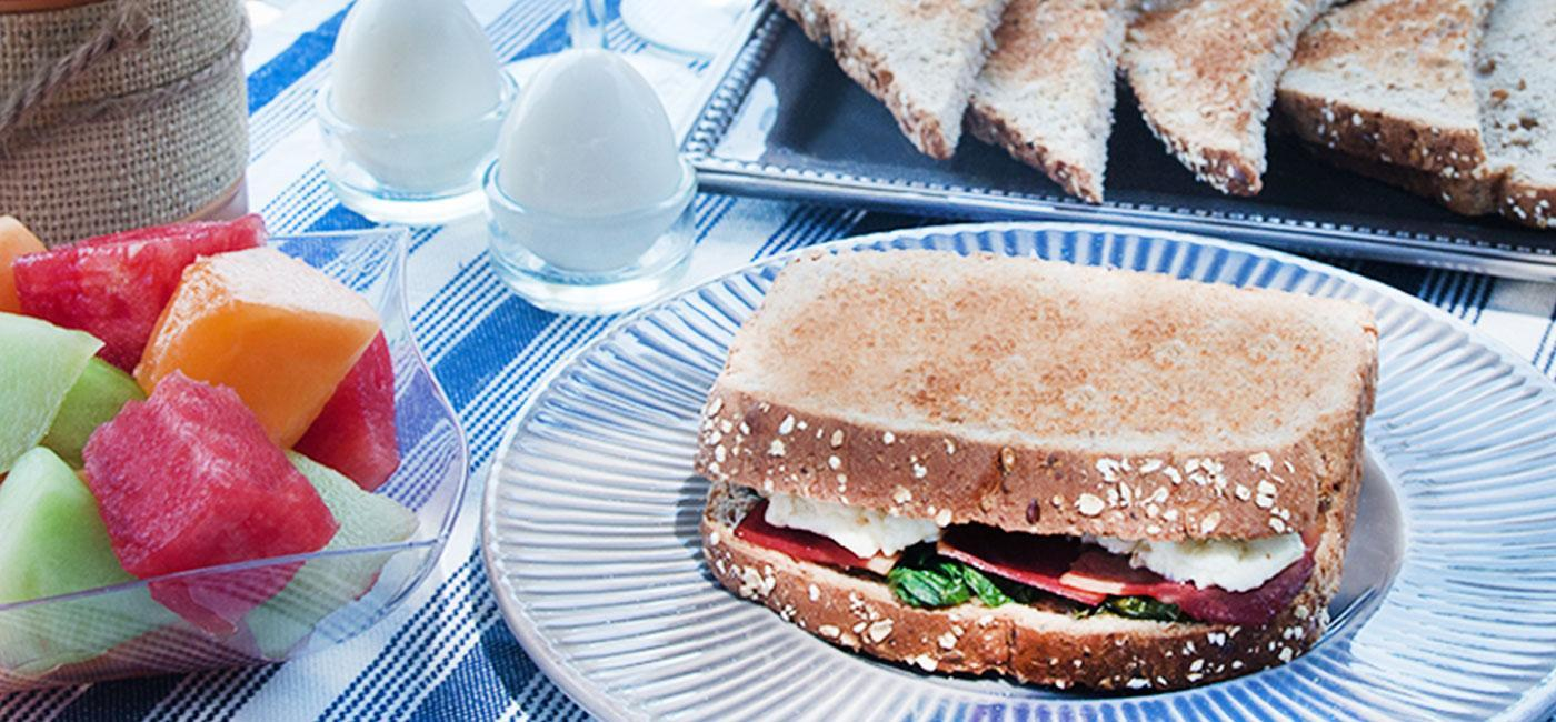 Turkey Bacon, Egg White, Spinach Breakfast Sandwich Recipe Image