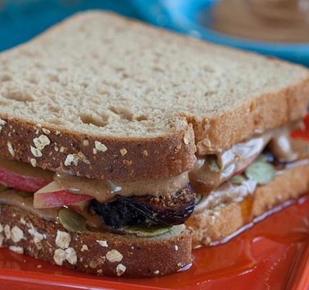 Old World Almond and Fig Sandwich recipe image